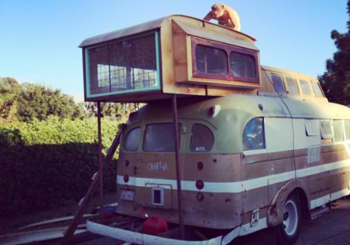 1948 Chevy Bus DIY home (2)