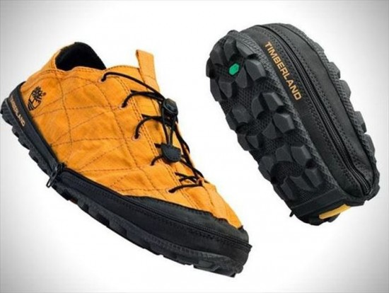 2.Easy-to-pack Shoes