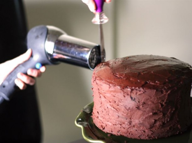 7. Professional Finish on your Cake