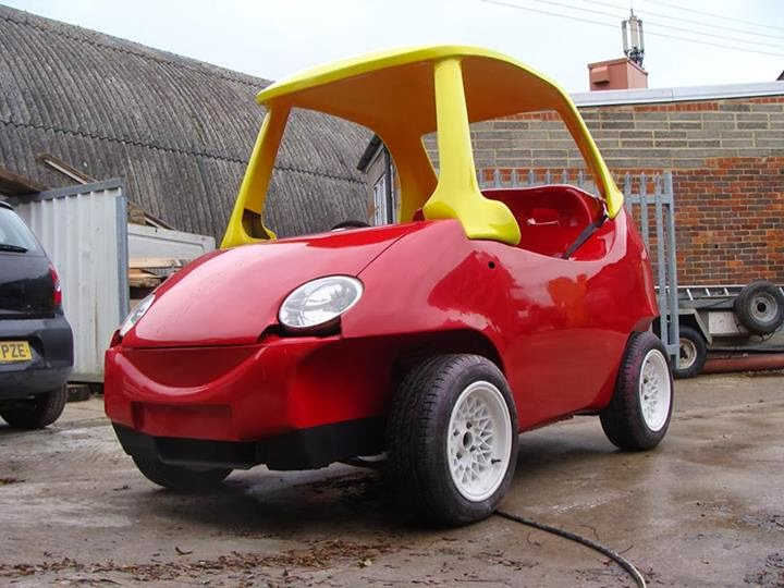 Adult Version of the Little Tikes Cozy Coupe3