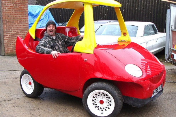 Adult Version of the Little Tikes Cozy Coupe4