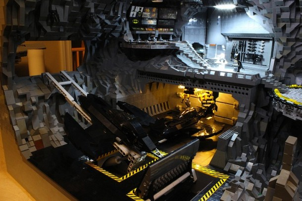 Batcave made from LEGO3