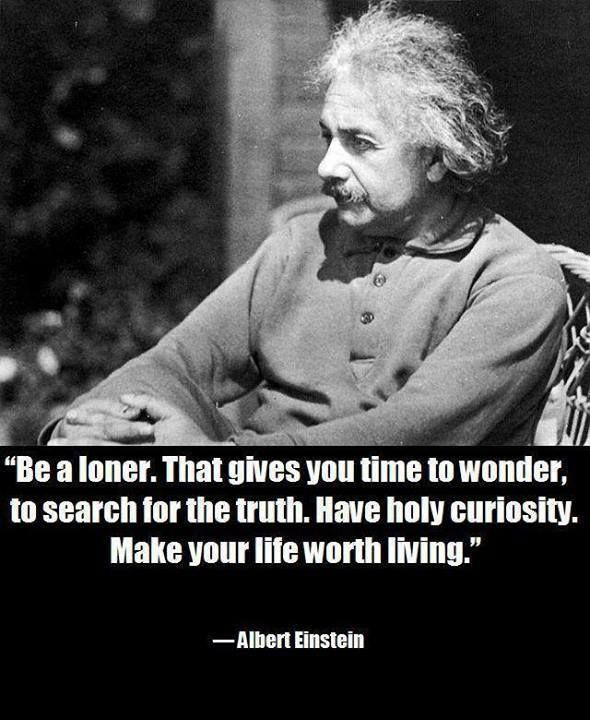 28 Famous Albert Einstein Quotes