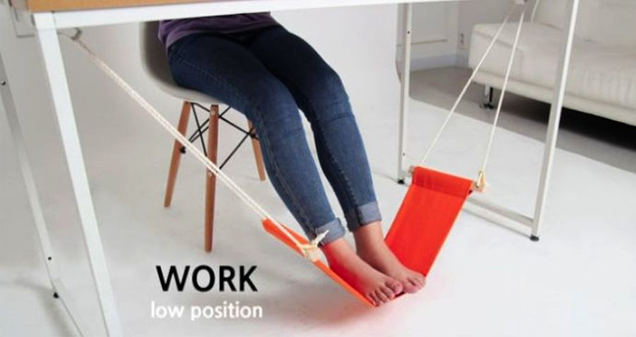 Work In Your Office Like A Boss With This Foot Hammock