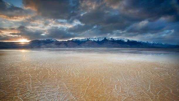 Alvord Desert, Steens Mountain, OR