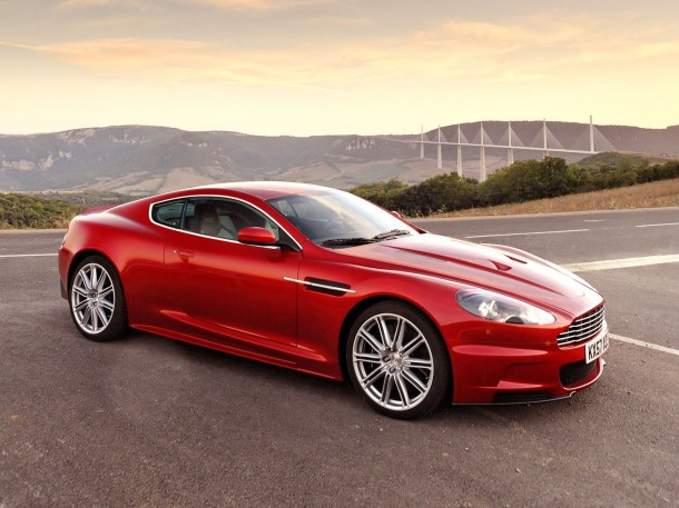 Luxury-car-wallpapers-aston-martin-dbs-infa-red-wallpaper-1600x1200