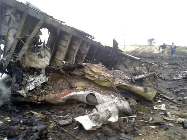 Malaysian Airlines MH-17 Crash Pictures-1