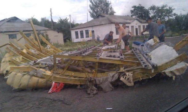 Malaysian Airlines MH-17 Crash Pictures-8