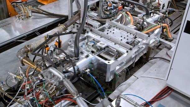 Toyota Ditches Crankshaft in their New Free Piston Engine Linear Generator (FPEG)4