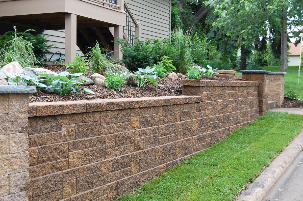 What is a retaining wall Garden wall color ideas