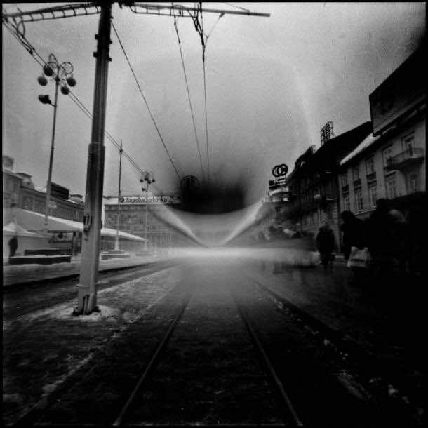 pinhole camera images 18
