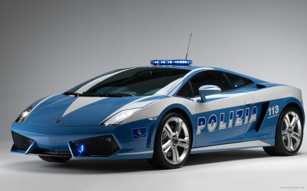 widescreen_lamborghini_italian_police_car-wide