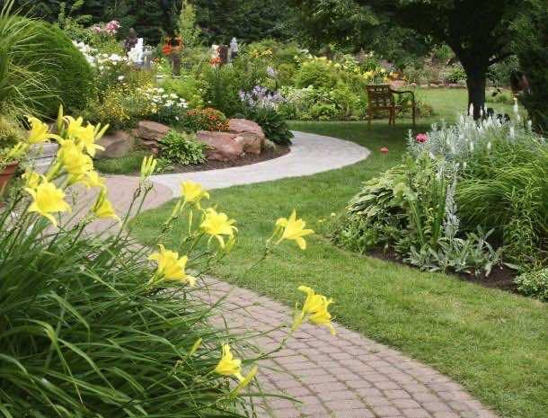 25 Garden Design Ideas For Your Home (18)