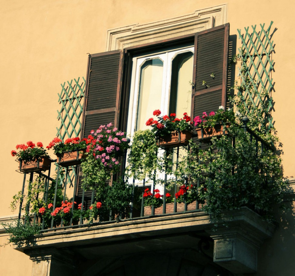 Garden Balconies: 25 Wonderful Balcony Design Ideas For Your Home