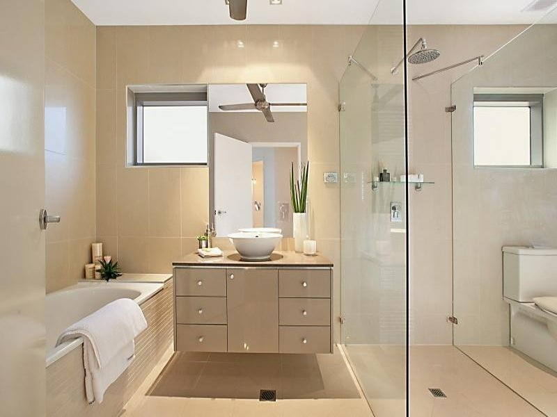 25 Bathroom Design Ideas In Pictures on Modern Small Bathroom Design  id=37878