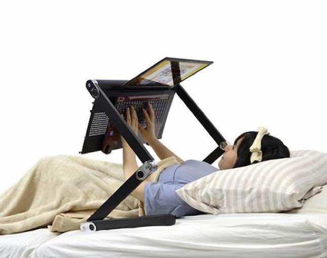 Lazy Desk2