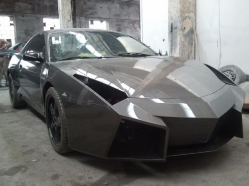 Convert An Old Mitsubishi Into A Lamborghini With This Easy Step By