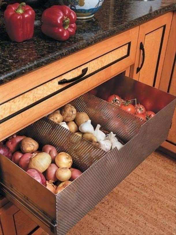space saving in kitchen (7)