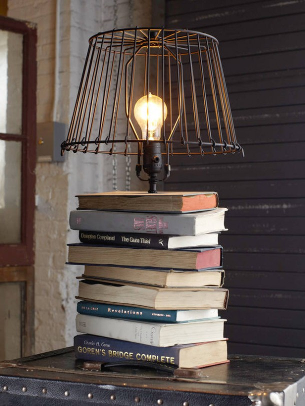 25 ideas of decorating wih books (03)