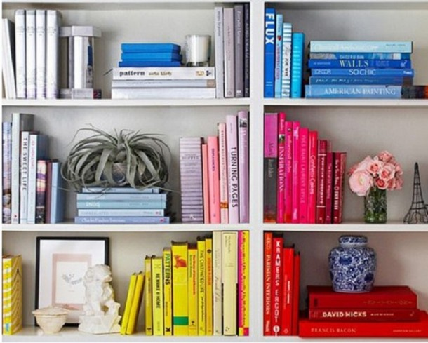 25 ideas of decorating wih books (13)