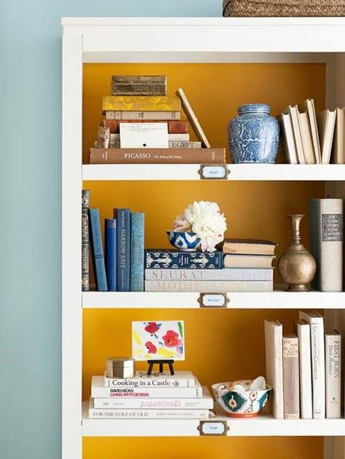 25 ideas of decorating wih books (21)