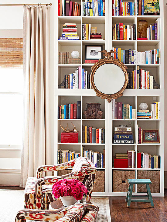 25 ideas of decorating wih books (7)