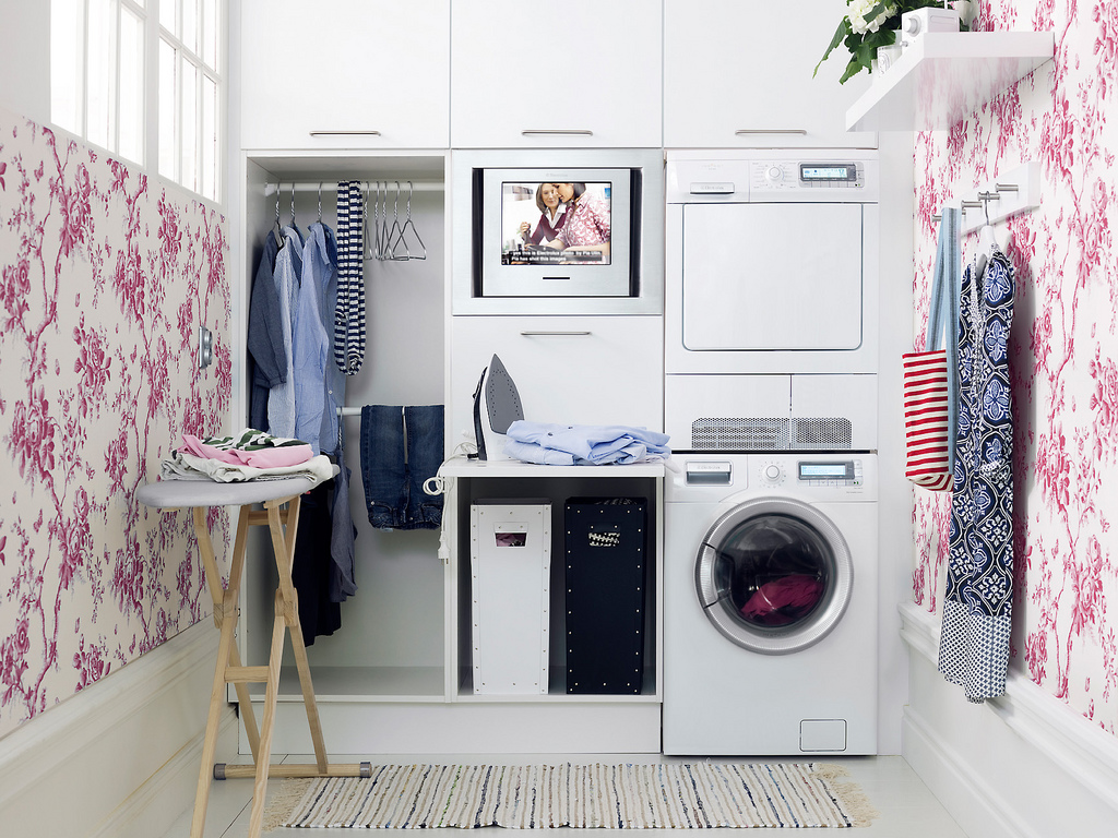 25 brilliantly clever laundry room design ideas for Suggested ideas for laundry room design