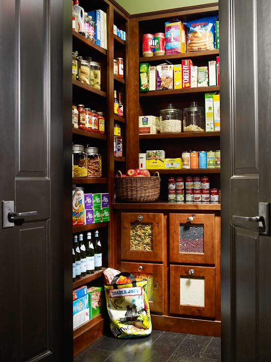 25 walk in pantry ideas (1)