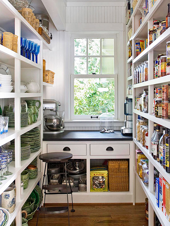 25 walk in pantry ideas (2)