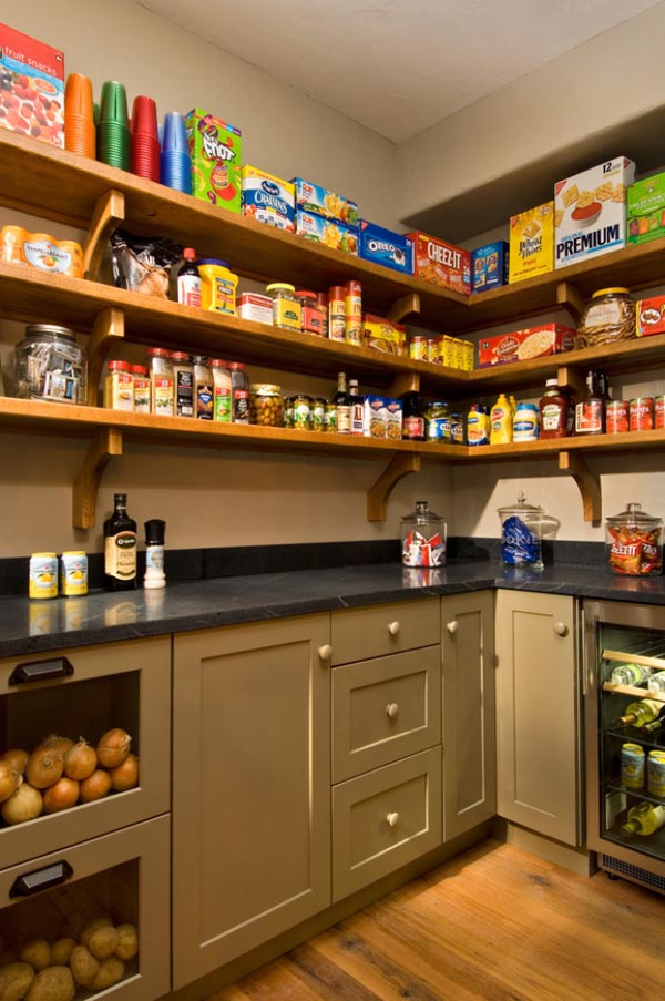 25 walk in pantry ideas (24)