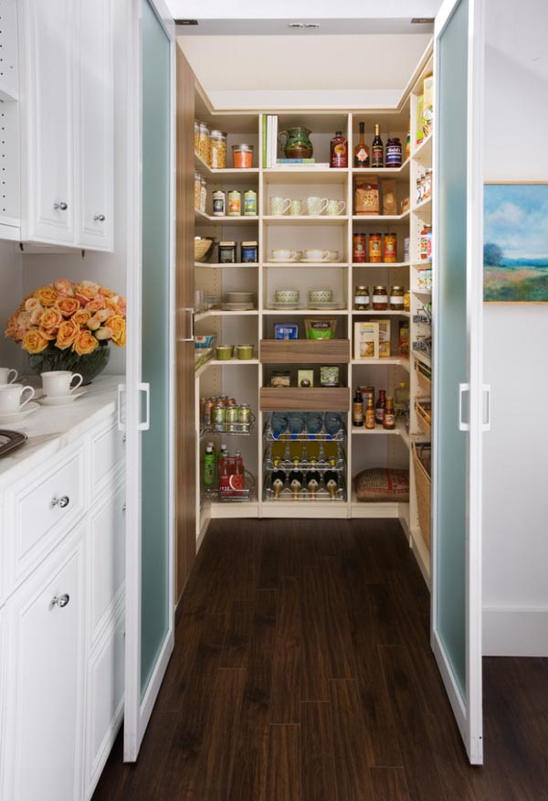 25 great pantry design ideas for your home for Kitchen closet ideas