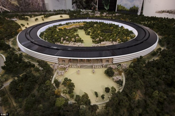 Apple Spaceship Campus 6