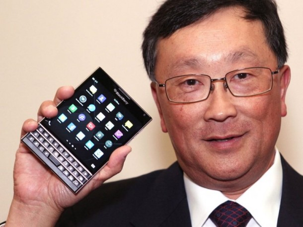 BlackBerry Passport Goes on Sale Today8