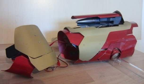 DIY Iron Man Gauntlet Capable of Firing Actual Rockets2