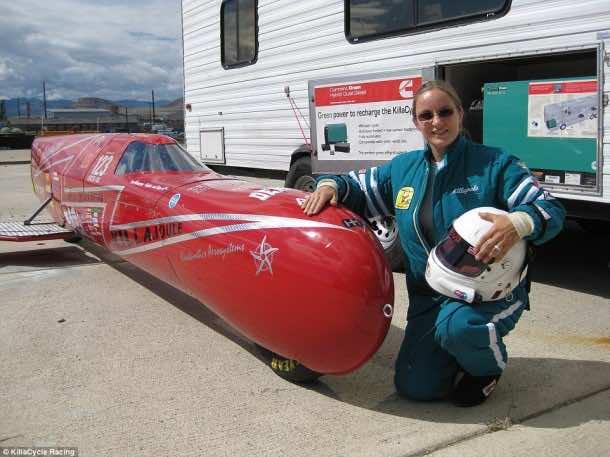 KillaJoule Makes Eva Fastest Female Motorcyclist3