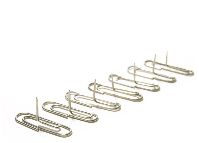Innovative New Pinclip Design Lets You Pin Photos Without Imparting A Hole