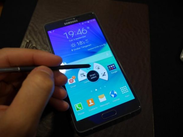 Samsung Galaxy Note 4 Revealed4