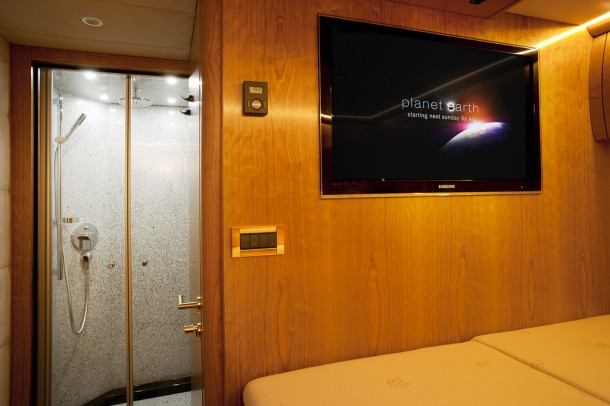 Zetros – The Luxurious Mobile Home by Mercedes Benz7