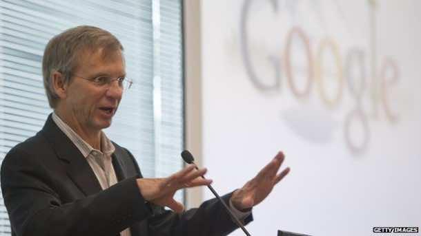 Google Senior Executive Breaks Felix Baumgartner's Record for Highest Parachute Jump9
