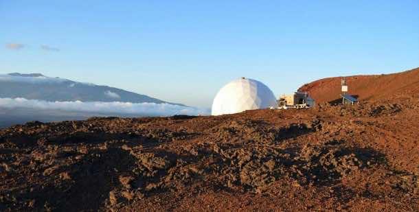 Home for Astronauts in Mars – Practice in Hawaii