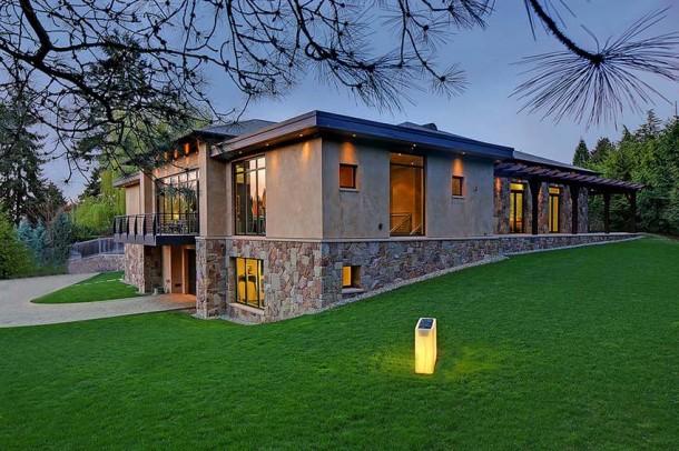 Car Collector Home in Washington worth $4 Million16