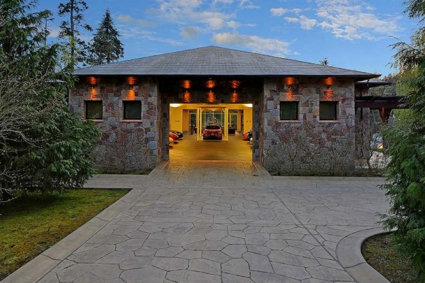 Car Collector Home in Washington worth $4 Million4