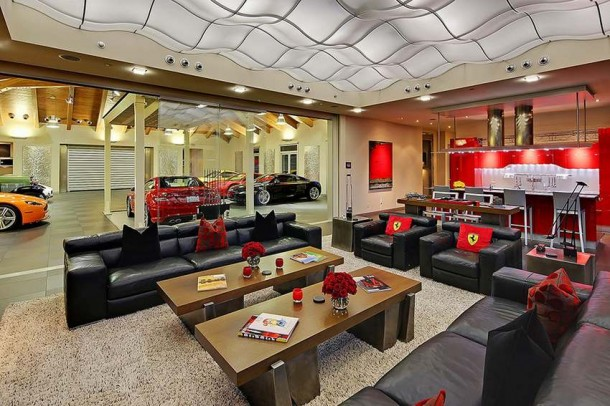 Car Collector Home in Washington worth $4 Million8