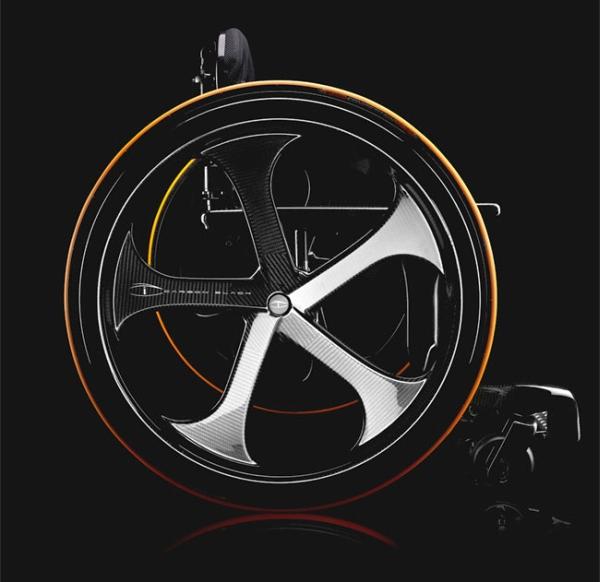 Carbon Black – Stylish Wheelchair2