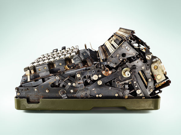 Photographer Uncovers What's Inside Old Mechanical Calculators