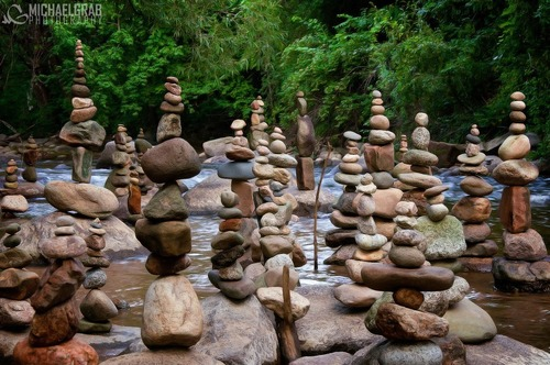 Gravity Glue – Michael Grab Rock Balancing Art10