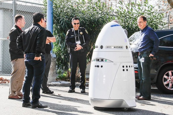 Knightscope K5 Security Guard Robots2