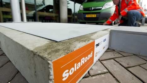 Netherlands Opening Solar Powered Bike Path - SolaRoad5