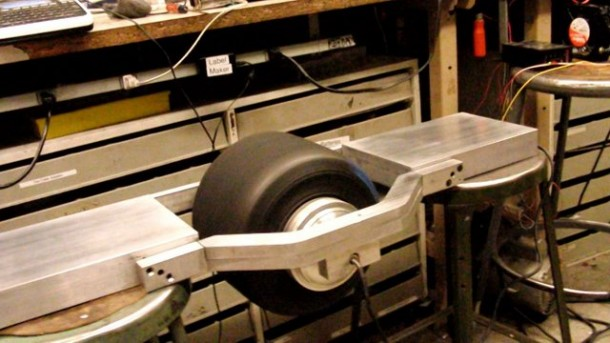 The Flying Nimbus – One Wheel Skateboard4