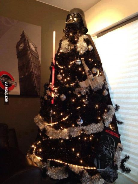 15 Amazing Christmas Trees Design 4